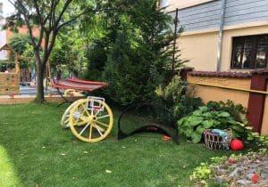 Amai Garden - Gradina cu Loc de Joaca Petreceri in Inima Bucurestiului playground outdoor